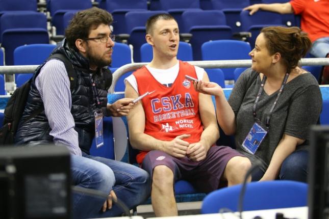 Виталий Фридзон отвечает на вопросы журналистов